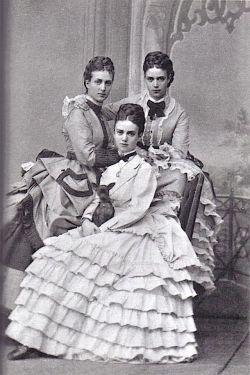 1850's. Las princesas, hijas del rey Christian IX de Dinamarca.